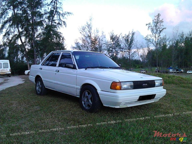 1990 39 nissan sunny b12 vendre 55 000 rs bel ombre for Honda civic b12 service