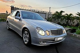2006' Mercedes-Benz E280 automatic
