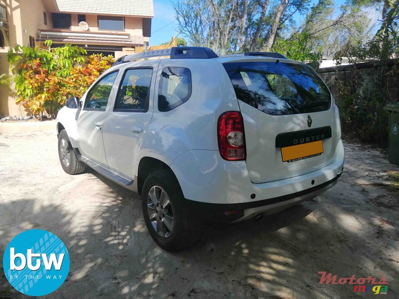2016 Renault Duster in Moka, Mauritius - 3
