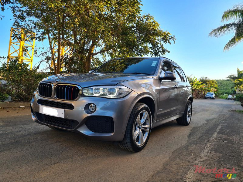 2015 BMW X5 M package 2.5d automatic in Vacoas-Phoenix, Mauritius - 4