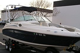 2007' Sea Ray Sundeck 240