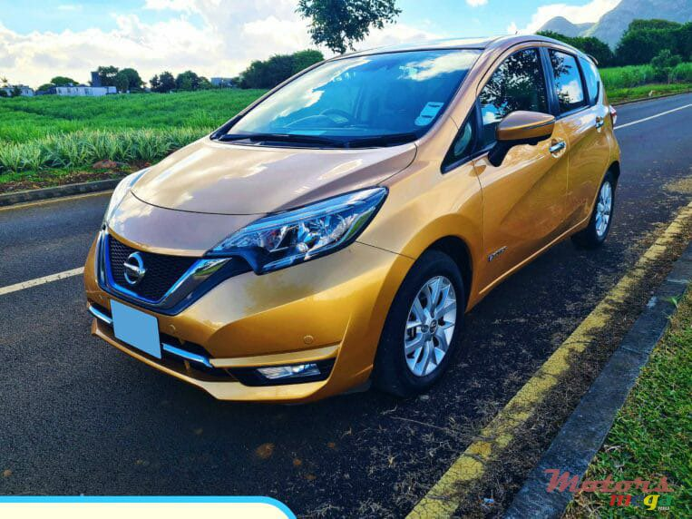 2017 Nissan Note E-power in Grand Baie, Mauritius - 3