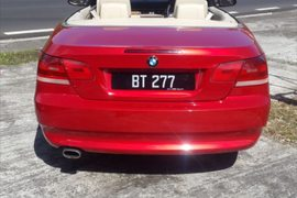2008' BMW 3 Series Coupe Convertible car