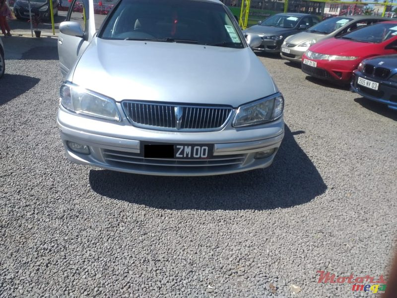 2000 Nissan Sunny N16 in Quartier Militaire, Mauritius - 2