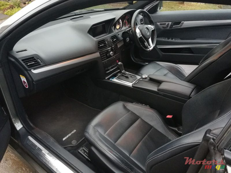 2012 Mercedes-Benz E-Class AMG PACKAGE en Rose Belle, Maurice - 7