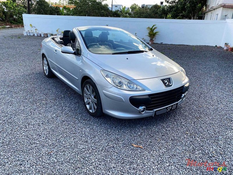 2009 Peugeot 307 Decaportable Manual 1.6L in Roches Noires - Riv du Rempart, Mauritius - 4