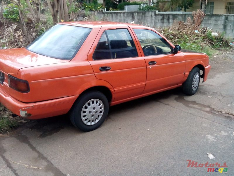 1992 Nissan Sunny B13 in Port Louis, Mauritius