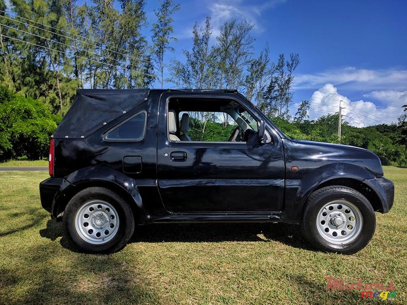 2003 39 suzuki jimny convertible 4x4 for sale 350 000 rs arnaud grand baie mauritius. Black Bedroom Furniture Sets. Home Design Ideas