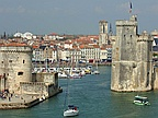 Earthquake Rocks Southwestern French Town Of La Rochelle