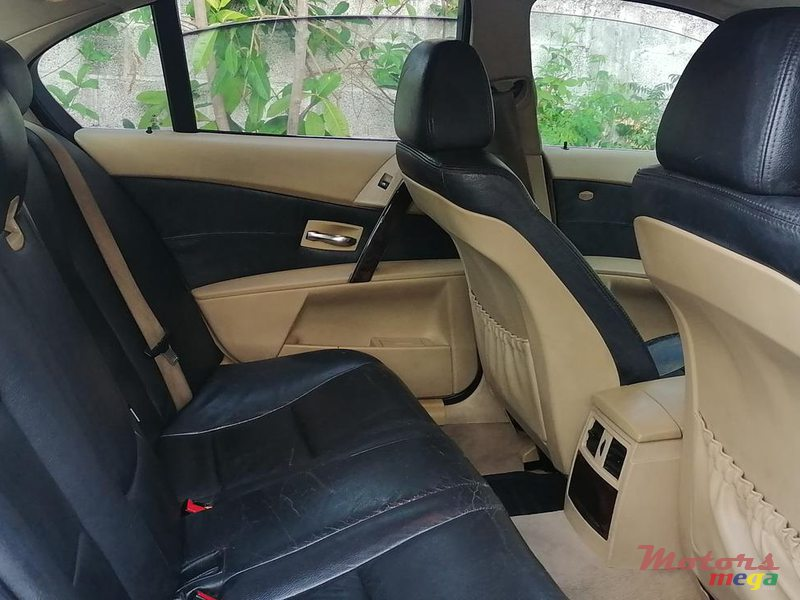 2005 BMW 520 in Terre Rouge, Mauritius - 5