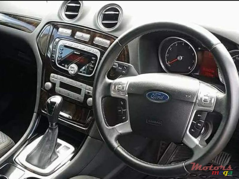 2009 Ford Mondeo in Curepipe, Mauritius - 4