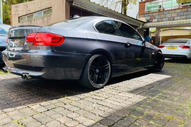2007' BMW 3 Series Coupe 325 i