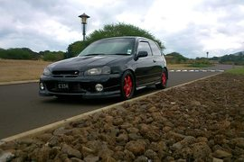 1998' Toyota Starlet glanza s
