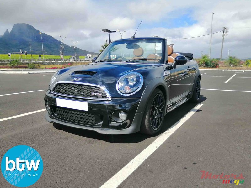 2014 Mini Cooper S John Coopers Work in Moka, Mauritius - 7