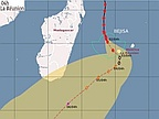 Cyclone Bejisa: Tidal Waves and Strong Winds Expected