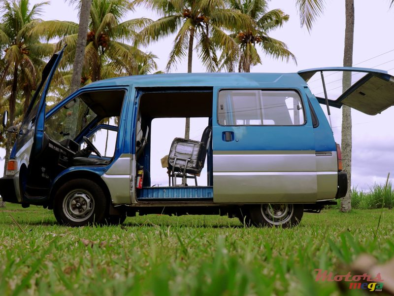 1992 Nissan Vanette pass in Rose Belle, Mauritius