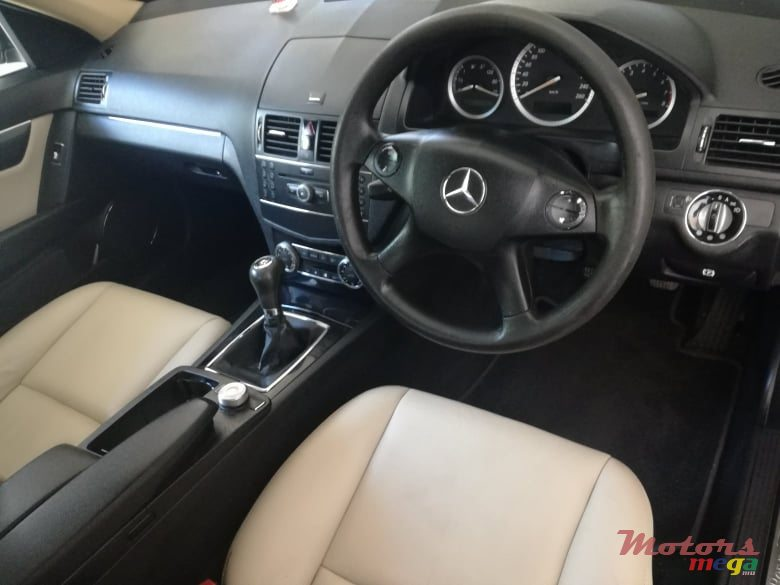 2008 Mercedes-Benz C-Class in Flacq - Belle Mare, Mauritius