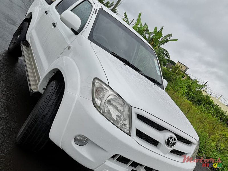 2006 Toyota Hilux 3.0 in Rose Belle, Mauritius