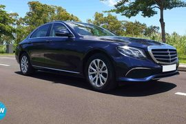 2016' Mercedes-Benz E-Class 200 EXCLUSIVE RHD