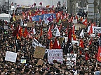 Hollande Fears French Student Revolution in Protests Against Labour Reform