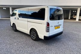 2014' Toyota Hi-Ace 15 seater 2.5L JAPAN