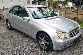 2002' Mercedes-Benz CL 200