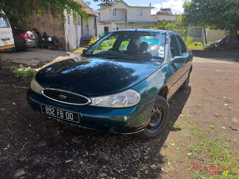 2000 Ford Mondeo en Curepipe, Maurice - 5