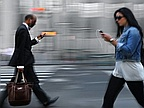 Using Your Mobile Phone in The Street Soon be Banned