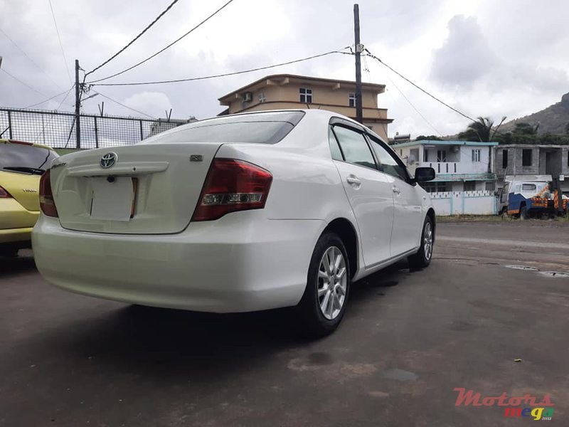 2009 Toyota Axio X LIMITED en Port Louis, Maurice - 4