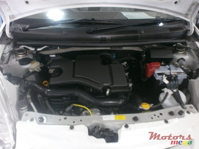 2015 Toyota passo en Curepipe, Maurice - 5