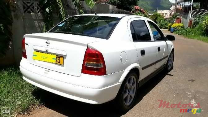 2003 Opel Astra in Port Louis, Mauritius