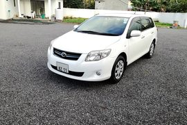 2011' Toyota Fielder AXIO 1.5L JAPAN