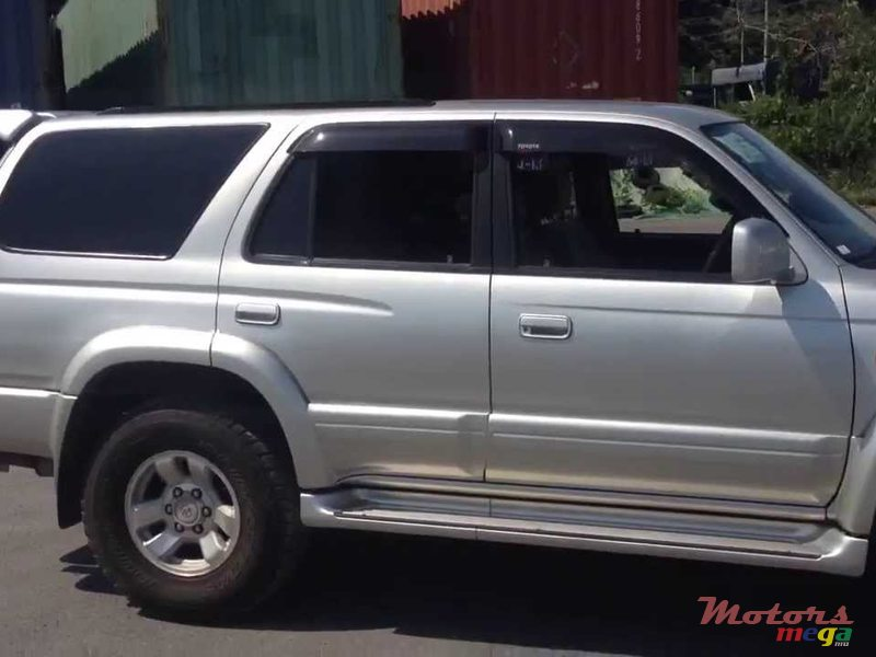2002 Toyota 4Runner Surf hilux in Flic en Flac, Mauritius