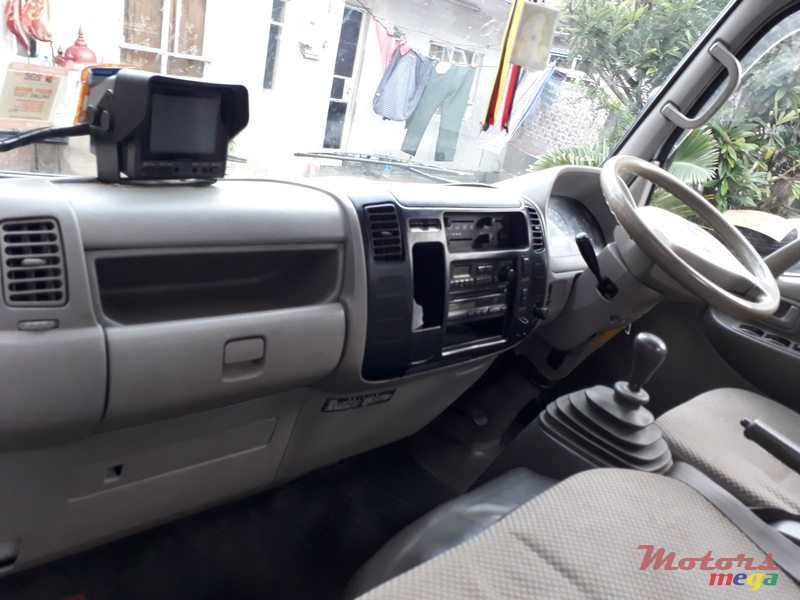 2006' Toyota Hino Truck for sale - 465,000 Rs  Vijesh