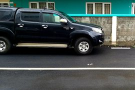 2009' Toyota Hilux any