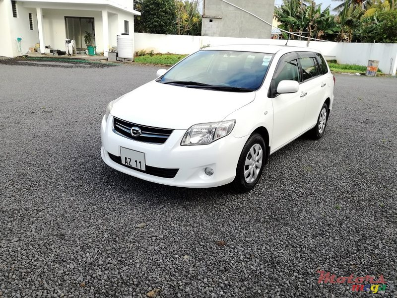 2011 Toyota Fielder AXIO 1.5L JAPAN in Roches Noires - Riv du Rempart, Mauritius - 2