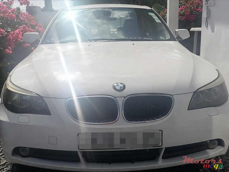 2005 BMW in Terre Rouge, Mauritius - 3