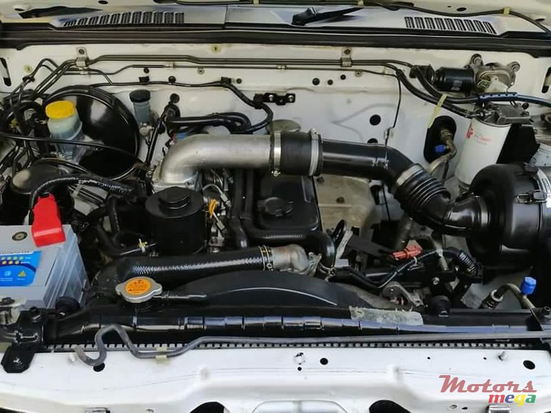 2012 Nissan NP300 in Port Louis, Mauritius - 3