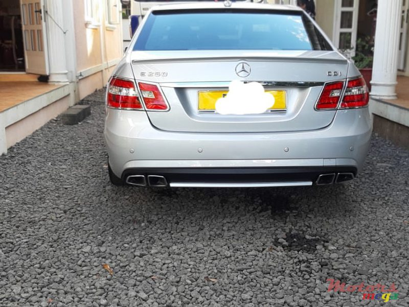 2010 Mercedes-Benz 250 Mostly in Flacq - Belle Mare, Mauritius - 5
