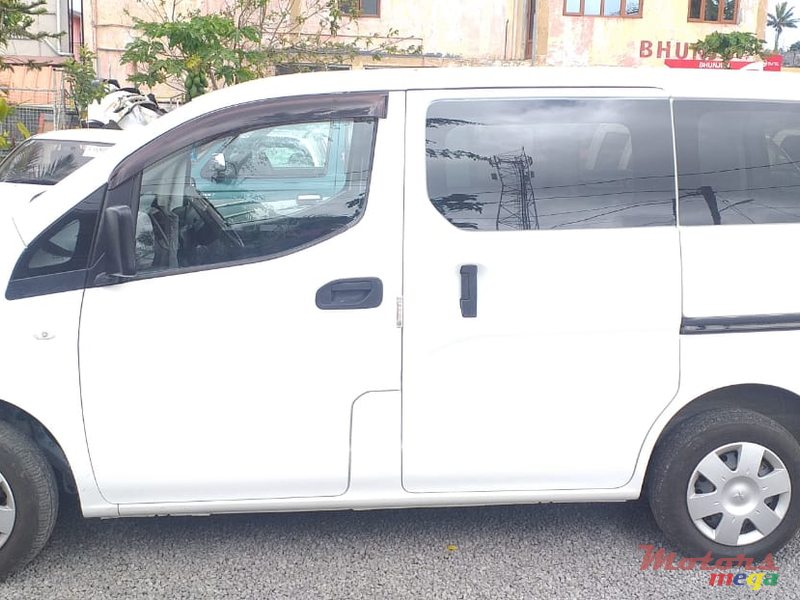 2011 Nissan NV NV200 in Quartier Militaire, Mauritius - 3