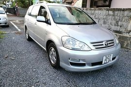 2004' Toyota Picnic 7 seater