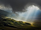 Picture of the Day: Light From Heaven