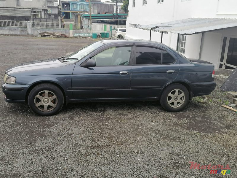 1999 Nissan Sunny In good & Original  Condition en Quartier Militaire, Maurice - 4