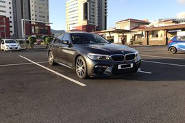2017' BMW 530 530e Hybrid with M5 bumpers